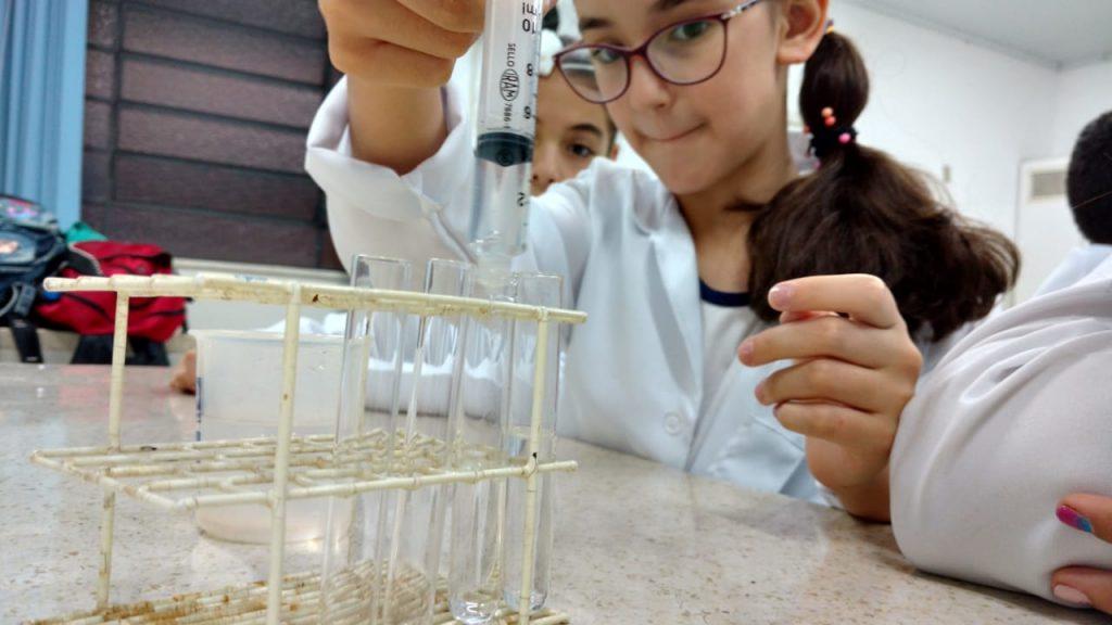 713775115ad Clube da Ciência – 5º anos A e B – Experimento sobre geração de ...
